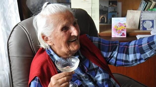 Jubilantka. Mostečanka Jaroslava Řánková oslavila 100. narozeniny.