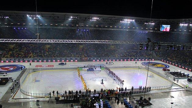 Hokej pod širým nebem v Drážďanech
