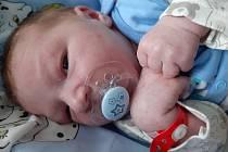 Eliot Zlámal se narodil mamince Sabině Zlámalové ze Všehrd 17. března ve 4.05 hodin. Měřil 51 cm a vážil 3,51 kilogramu