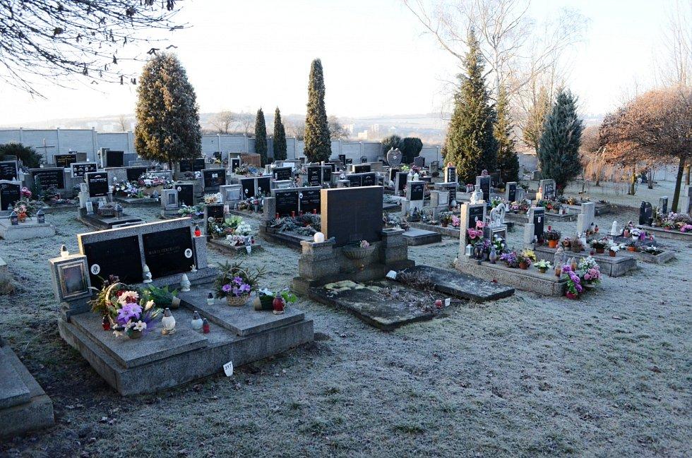 Obecní hřbitov v Obrnicích