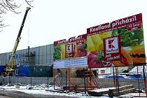 Stavba Kauflandu v Litvínově.