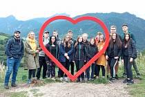 V rámci projektu ERASMUS vyjeli v září na Slovensko žáci SOŠ Litvínov – Hamr, konkrétně se jednalo o žáky truhlářských oborů a oboru kadeřník.
