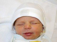 Mamince Kamile Valachové z Mostu se 1. ledna v 11.30 hodin narodila dcera Eliška Houdková. Měřila 48 centimetrů a vážila 2,7 kilogramu.