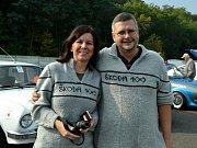 Manželé Daniel a Jana Urbanovi, kteří s vozem Škoda 100 jeli Nordkapp 2017, jehož trasa vedla z Německa do Dánska, Švédska, Finska. V Norsku byla otočka a jelo se zpět.