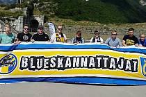 Fanoušci Blues Espoo se díky Ropákům podívají na zápas svého týmu v Litvínově.