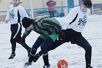 Fotbalisté Kopist (ve světlých dresech) v minulém kole nestačili na Strupčice. Teď je čeká lídr ze Souše.