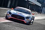 ADAC GT Masters na mosteckém autodromu. Celý víkend se tady bude závodit.