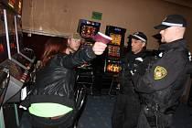 Noční policejní zátah v Litvínově.
