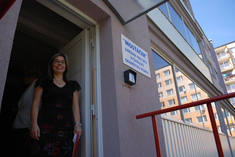 Mosťáček, zařízení pro děti vyžadující okamžitou pomoc, sídlí v Dětském domově Most. Na snímku ředitelka Helena Fadrhonsová.