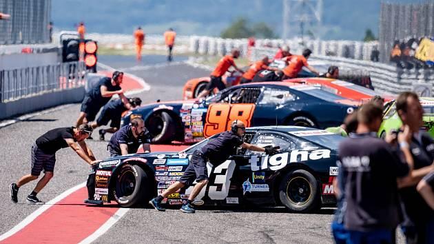 OMV MaxxMotion NASCAR Show se pojede až v polovině listopadu.