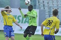 Mostečané (v zeleném) naposledy uhráli doma remízu 2:2 s týmem Zlína.