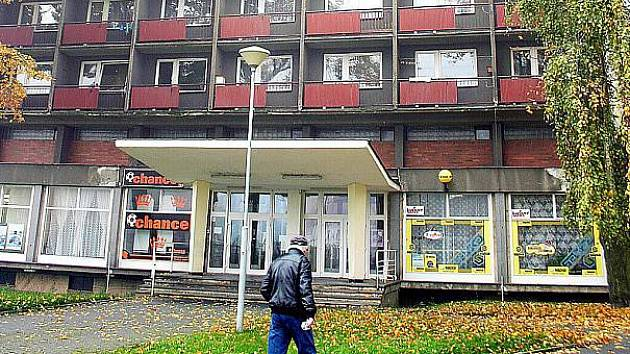 Hotelový dům v centru Litvínova.
