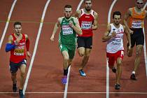 Pavel Maslák při semifinále běhu na 400m při halovém ME v Praze.