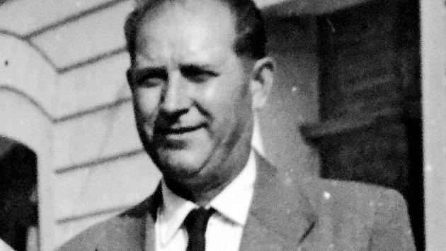 Válečný hrdina a veterán Antonín Sajdl, rodák z obce Stránce na Mostecku na poválečné fotografii