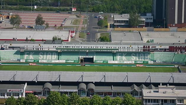 Fotbalový stadion.