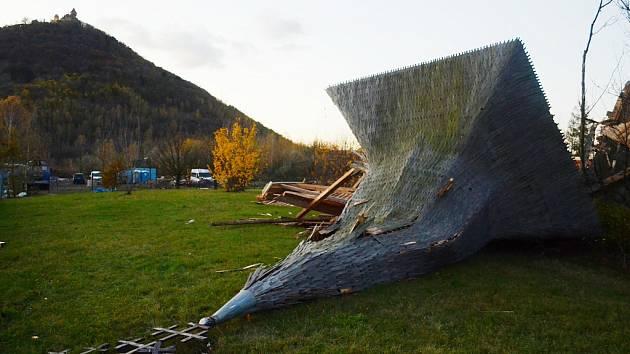 Pravoslavný kostel v Mostě zničila vichřice