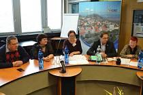 Mimořádná tisková konference městské rady.