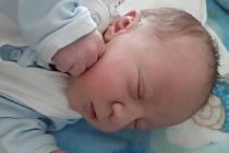 Michal Roštejnský se narodil mamince Barboře Jonákové z Mostu 24. května ve 14.10 hodin. Měřil 51 cm a vážil 3,3 kilogramu.