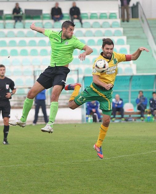 Most (v zeleném) versus Sokolov.