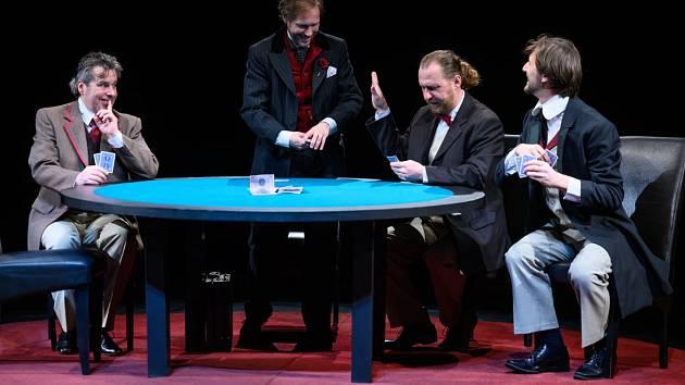 V pátek začíná Divadelní léto na hradě Hněvín v Mostě. Jednou z uvedených her bude i nová komedie Hráči.