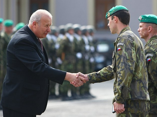 Oldřich Bubeníček a armáda.