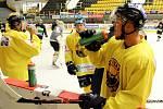 Litvínovským hokejistům začalo období přípravných zápasů.