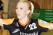Lucia Súkenníková v mosteckém dresu na turnaji v Hodoníně.
