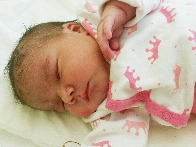 Mamince Nikole Bendikové z Mostu se v mostecké porodnici narodila dcera Kateřina Bendíková.