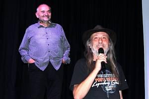 Jan Burian přednáškou s názvem O Islandu jinak otevřel Studio 3 Ponte records v Mostě.