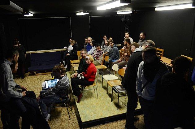 Divadelní klub Školka vMostě