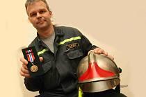 Oceněný mostecký hasič Petr Pospěch