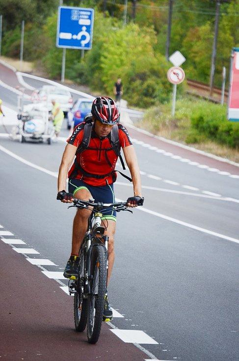 První mostecký cyklopruh vznikl v roce 2018 na silnici v ulicích Rudolická a Chomutovská.
