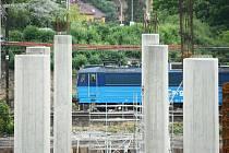 Výstavba nového mostu v Mostě.