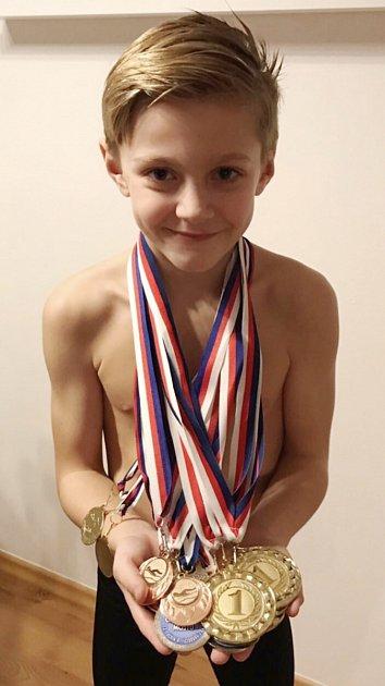 Mostecký plavec Tobias Student.