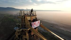 Aktivisté vuhelných dolech Bílina na Teplicku a lomu Nástup Tušimice na Chomutovsku