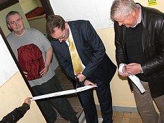 Slavnostní otevírání nového bytu Energie v Meziboří.