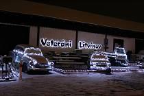 Litvínovské muzeum automobilových veteránů v předvánočním čase září