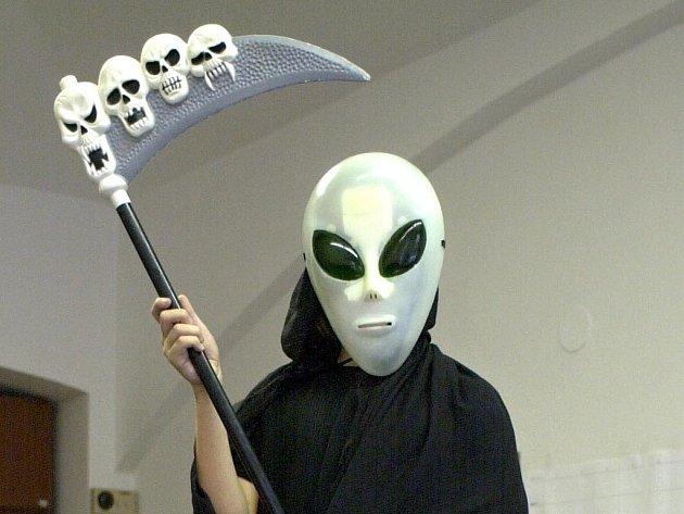 Muž viděl ve svém bytě mimozemšťany.