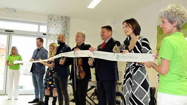 Slavnostní otevření Domova Alzheimer v Mostě