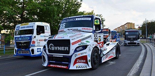 Trucky vMostě.