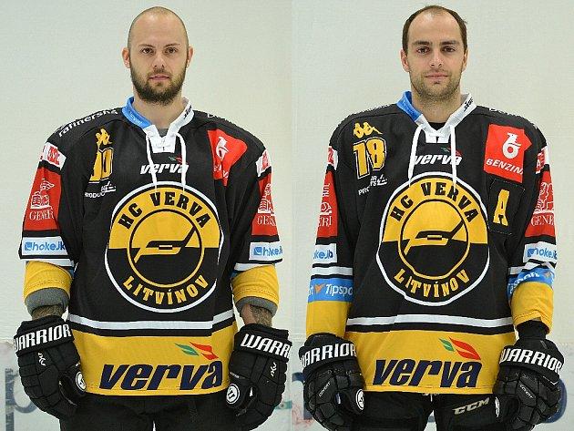 Kamarádi a teď soupeři. Vlevo obránce Daniel Sorvik a útočník Robin Hanzl. Oba se dobře znají z litvínovského klubu.