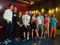 Nový osmidílný komediální TV seriál Most! měl předpremiéru 1. a 2. dílu v kině Kosmos v Mostě.