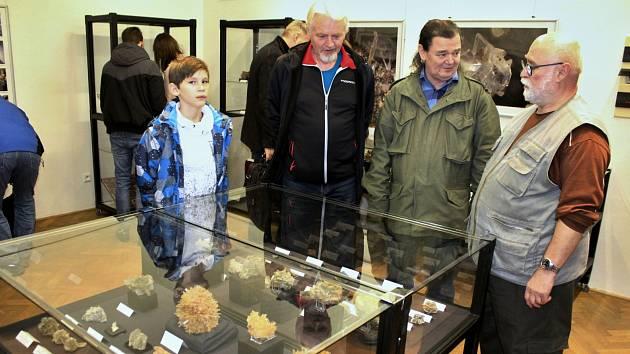 V mosteckém muzeu probíhá výstava věnovaná sádrovci