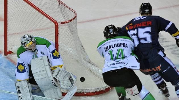 Petr Chaloupka (v dresu Boleslavi) v akci. Teď bude bojovat za Vervu.