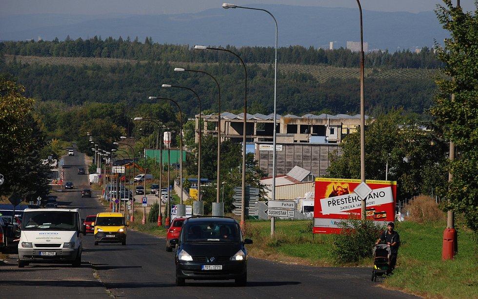 Velebudice jsou místní část Mostu. Kdysi to byla vesnička, ale zanikla. Dnes je to zóna pro podnikání, služby a vzdělávání.