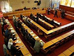 Zasedání mosteckých zastupitelů. Archivní foto