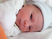 Michael Knobloch se narodil 26. února 2018 ve 2.40 hodin mamince Daně Knoblochové z Litvínova. Měřil 49 cm a vážil 2,69 kilogramu.
