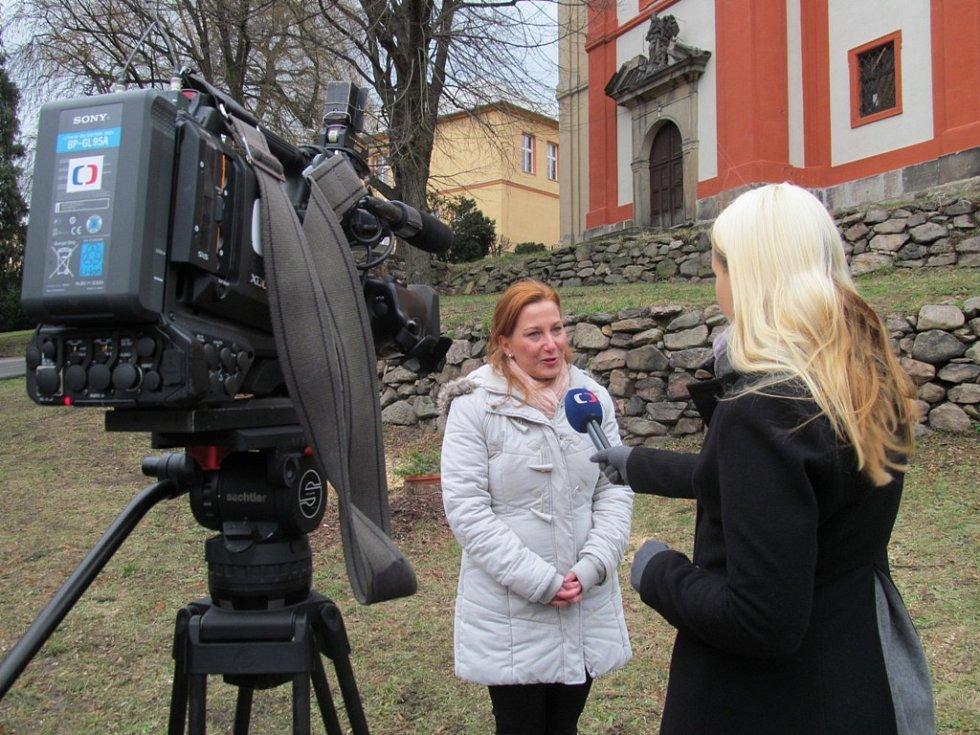 Starostka Litvínova Kamila Bláhová při rozhovoru s Českou televizí.
