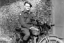Nezmámí příslušníci čs. zahraniční armády na západní frontě II. světové války.
