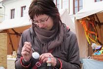Malování vajíček bude v sobotu jednou z několika aktivit na náměstí Míru.